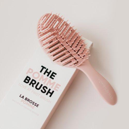 The Pomme Brush Rosette